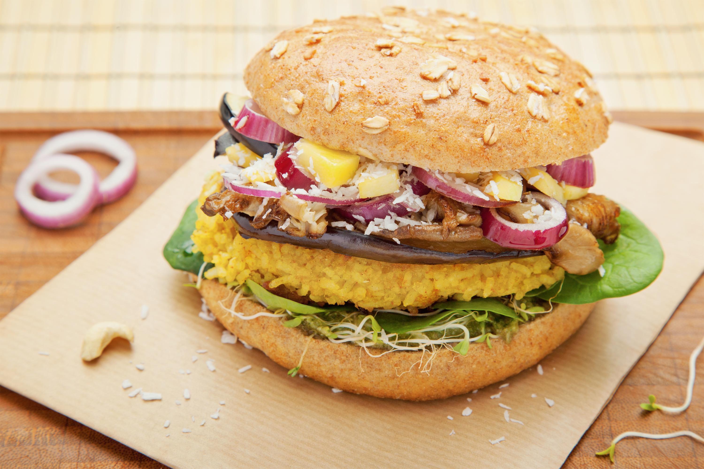 presse bunte burger veganes bio restaurant in k ln. Black Bedroom Furniture Sets. Home Design Ideas